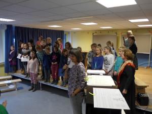 Alle Teilnehmer auf einnmal. Frau Krüger-Naujoks führte durch das Programm.